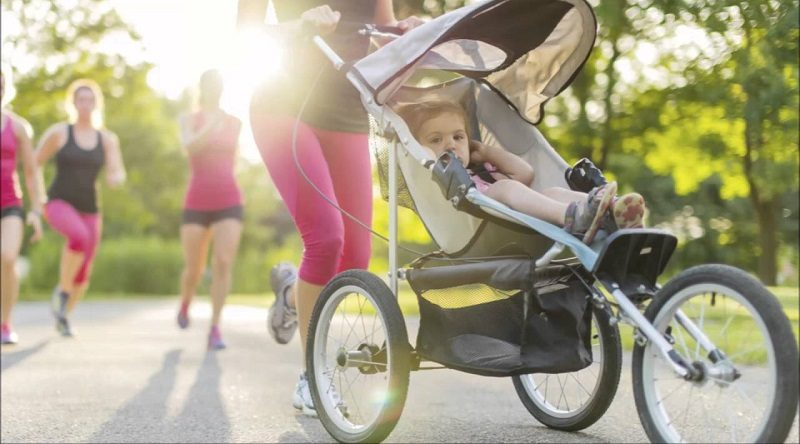 Jogging Strollers with mp3 players or speakers